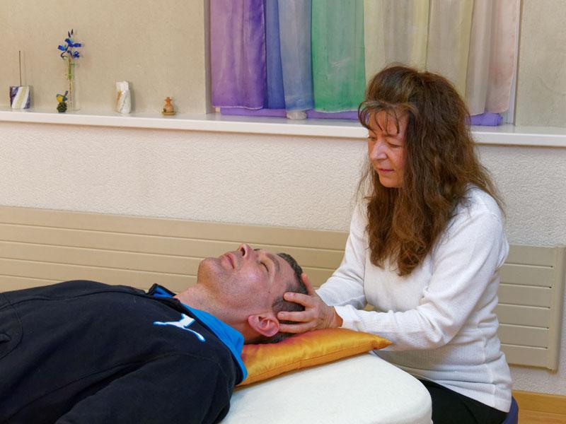 Craniosacral-Therapie-001.jpg